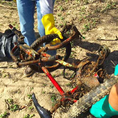 We found this kid's bike in the river!